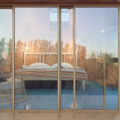 country_house_bedroom