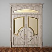 Классическая дверь