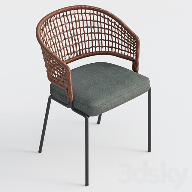 tribu contour chair