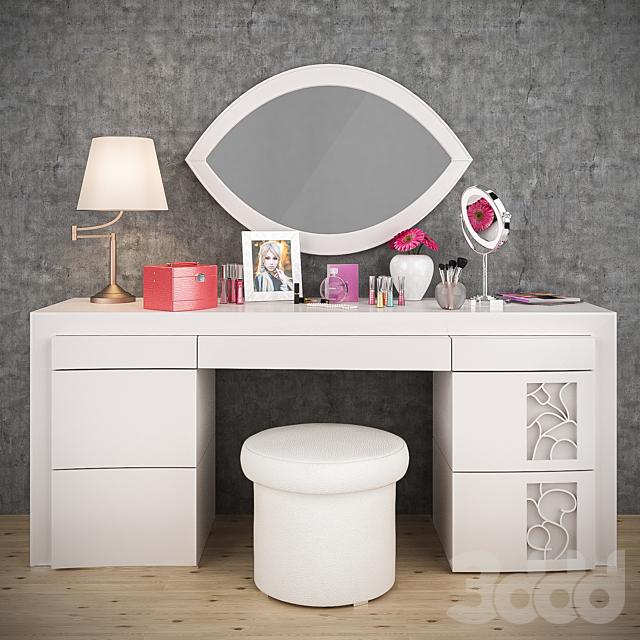 Туалетный столик и декор