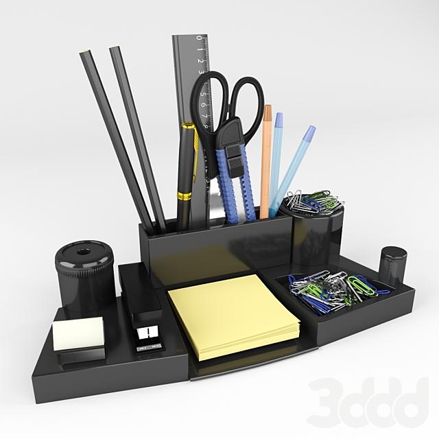 Канцелярский набор на рабочий  стол 2