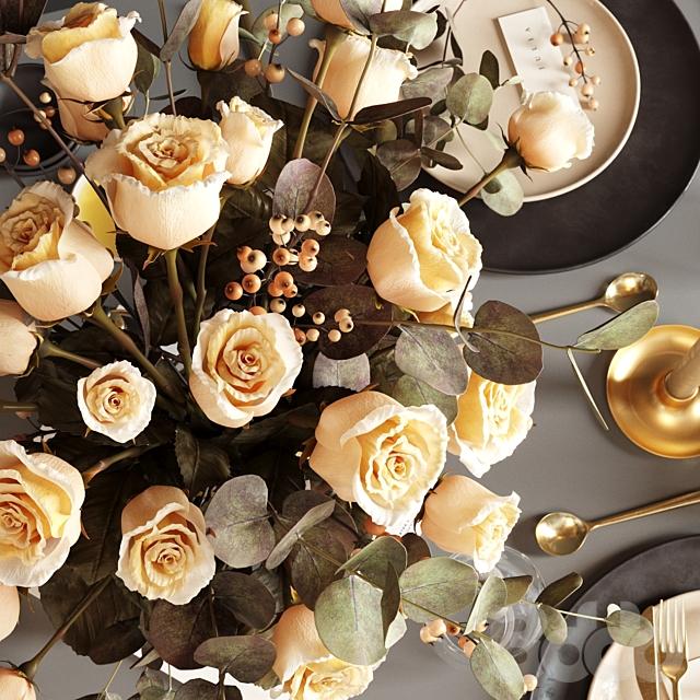T a b l e  s e t t i n g  with roses