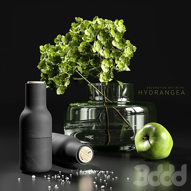 Decorative set with hydrangea