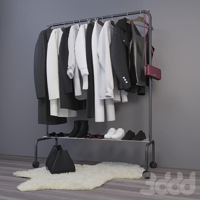 вешалка с одеждой