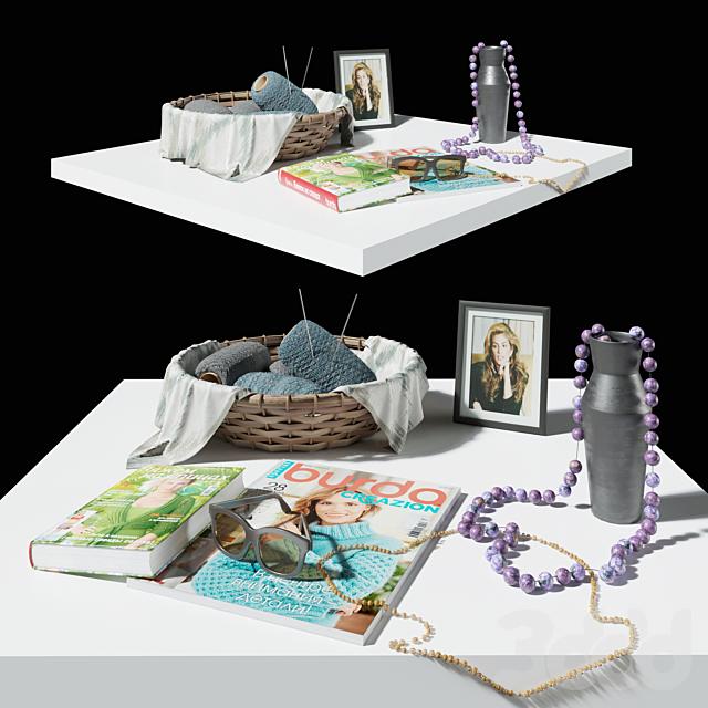 Decorative knitting set